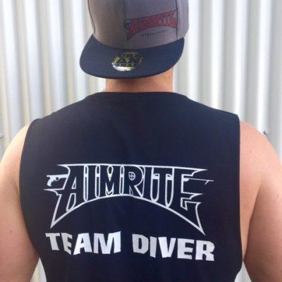 "International ""Team Diver"" sleeveless tee"